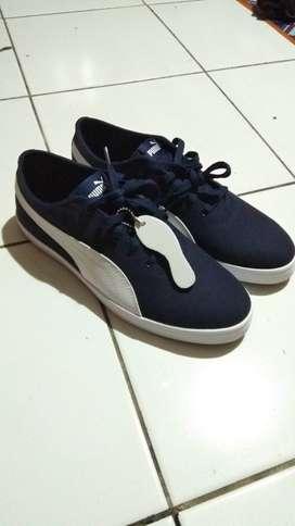 Sepatu Sneaker Puma Urban