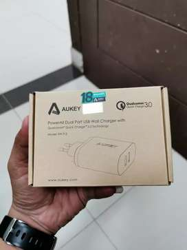 Aukey Quick Charger 3.0 (2 Port)