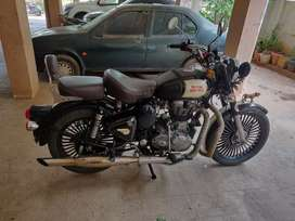 Royal Enfield Classic 500 CC Fully Loaded Black For Sale