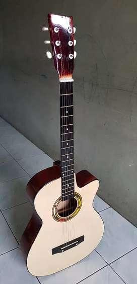 Gitar murah siap genjreng
