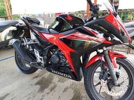 Dijual CBR 150R thn 2018 NEGO,, Km 13rb, Mulus, Terawat