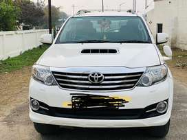 Toyota Fortuner 4*4 manual Diesel Good Condition