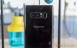 Samsung note8 black small dot everything is okk