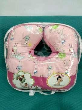 Bantal Bayi Baby Hai Nurshing and Invant Pillow.