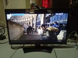 Tv Led 28 inch merk LG moel kaki 1 unit remot doang