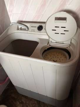 Excellent condition Samsung Semi Automatic twin tub