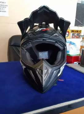 Jual helm trail jpx nego