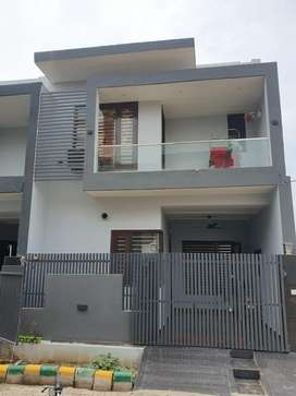 100sqyd 3bhk newly built house for sale in basant avenue dugri