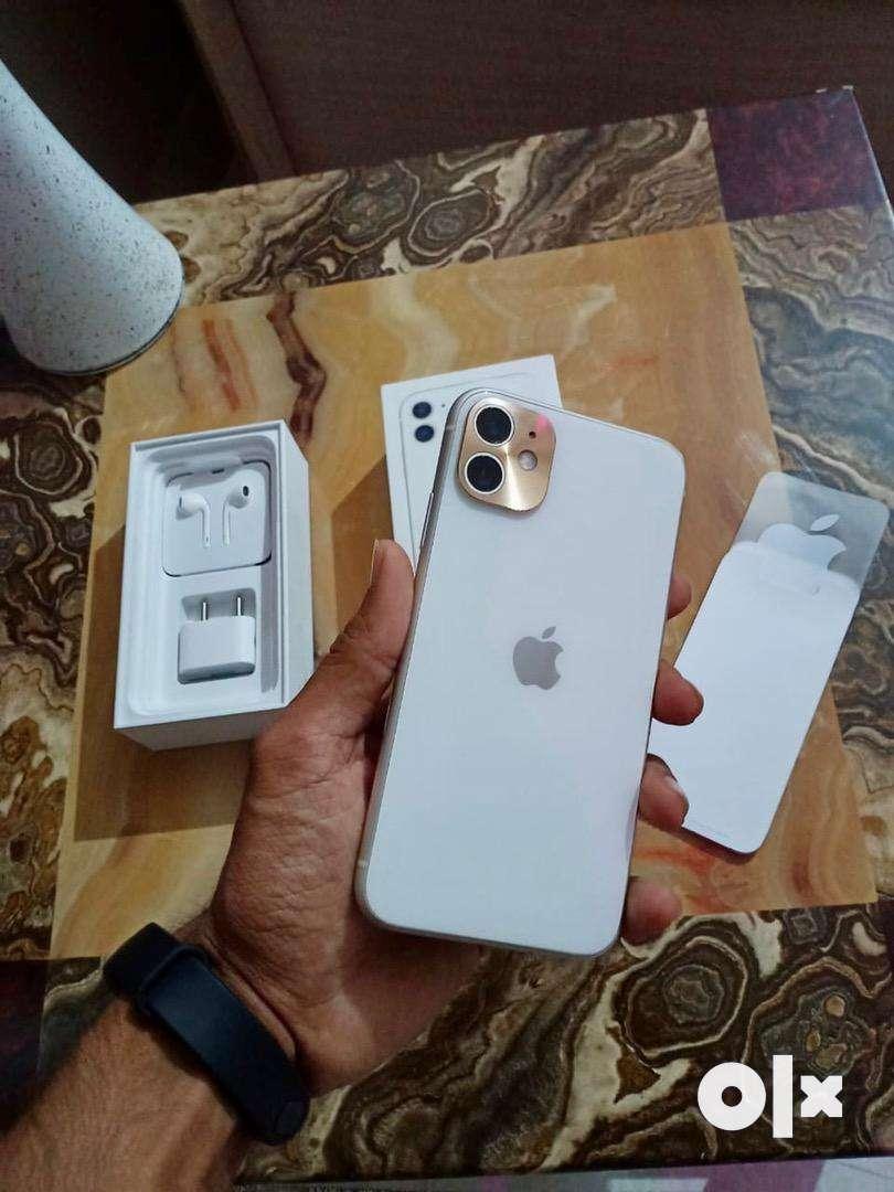 iphone11 100% condition fullkitt 0