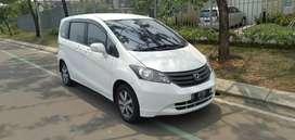 Honda freed PSD at 1.5 2012 putih