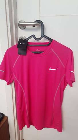 Nike DRI-FIT baju sport, Ladies Size: L
