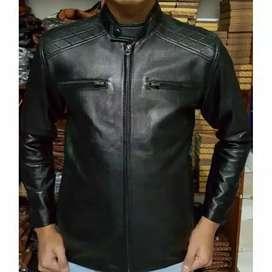 Jaket asli kulit prodak garut Sukaregang  bisa bayar ditempat atau TF