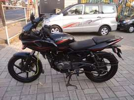 Pulsar 220 Red&Black 2016 /17 well maintained