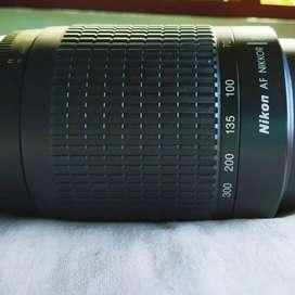 Nikon af-70 300 mm camra lense
