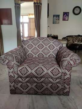 2 Single seater sofas in Sheesham for Rs 5000