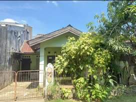 Dijual rumah. 10 m dari jalan Raya BPS