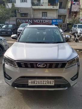 Mahindra XUV300 W8 Option, 2019, Petrol