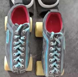Pro Skate Hyper Quad Skates