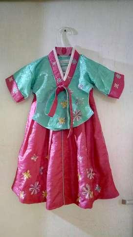 Preloved Hanbok anak( baju Korea)