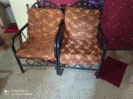 Sofa set with two chairs iron good condition