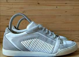 Sepatu Calvin Klein White casual sneakers made in Italy size 41