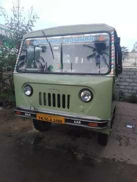 Mahindra maxi cab