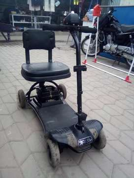 4 wheel scootty chargeable
