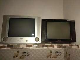 2 sets of old TV
