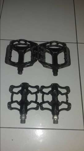 Pedal bearing siap gowes