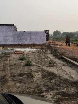 Sikri Ballabgarh highway se 2 mint k duri p plot hi plot