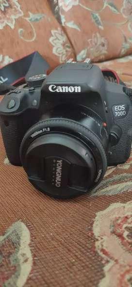 Dijual Kamera Canon EOS 700D