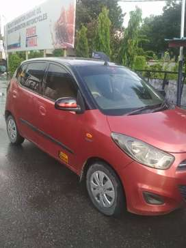 Hyundai i10 2010 well maintained