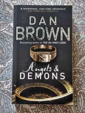 Dan Brown Paperback Books.