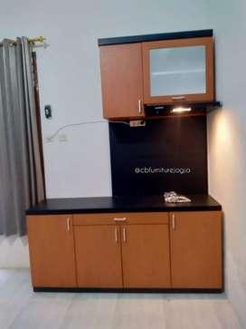 Pantry, kitchenset kantor simpel