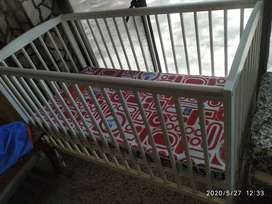BABY COT BRANDED FOR SALE