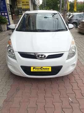 Hyundai i20 2010-2012 1.2 Sportz, 2011, Petrol