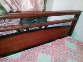 Dubale bed with singar mez and side table good condition  pure wood.