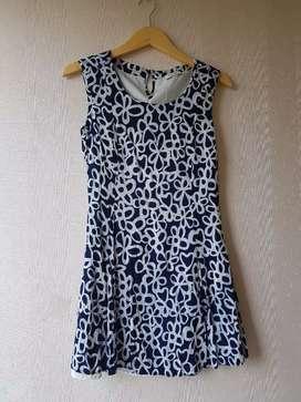 Jual rugi banget Esprit Dress size S 50net!!! Dress wanita