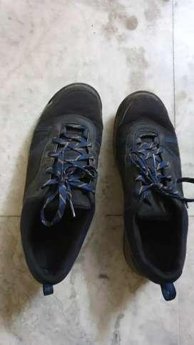 New Quechua waterproof Sports / Trekking / Gym shoes (Size 9)