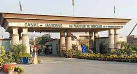 5 Marla Commercial Plot For Urgent Sale in Canal Gardens Lahore.