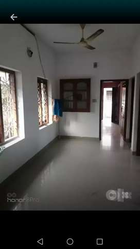 2 BHK for rent. Close to Fire Station