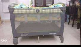 Graco 3 in 1 Cot (looks new)