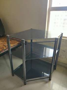 Storage table with Glass shelves