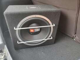 JBL 1100 WATT SUB + SOUND BARRIER AMP 2 CH. + WIRING