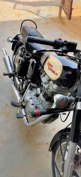 Black colour Bullet classic 350