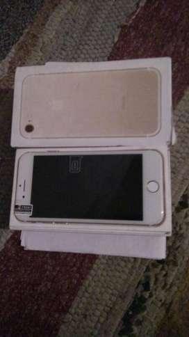 Apple iphone 7  Good working condition . box & all Accessori