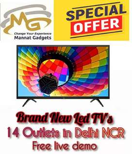 Brand New /// 32 inch Smart LED TV with latest OS version
