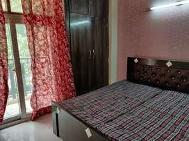 1 room available full furnished in 3bhk size