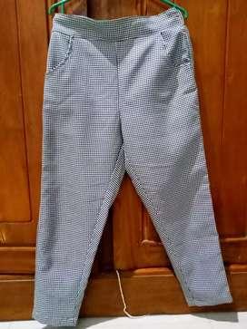 Celana Preloved bahan tebal