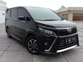 Toyota Voxy 2.0 Automatic 2018 Km 22.000